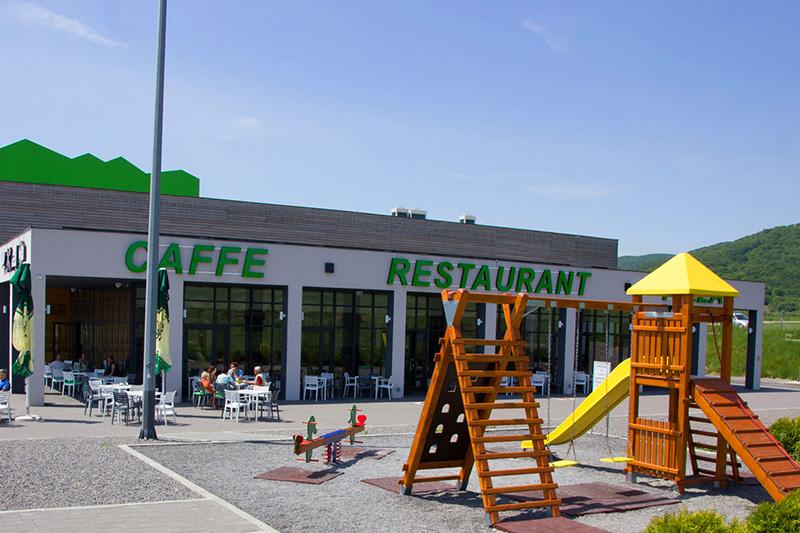 Restaurant Lika - Kinder - Spielplatz - Entspannung
