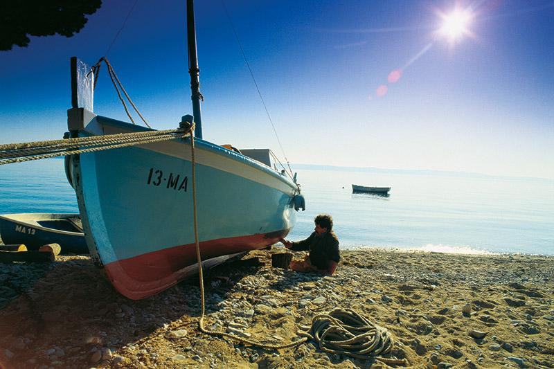 Restaurant Lika - Natur - Kultur - Meer - Schiffsreparatur